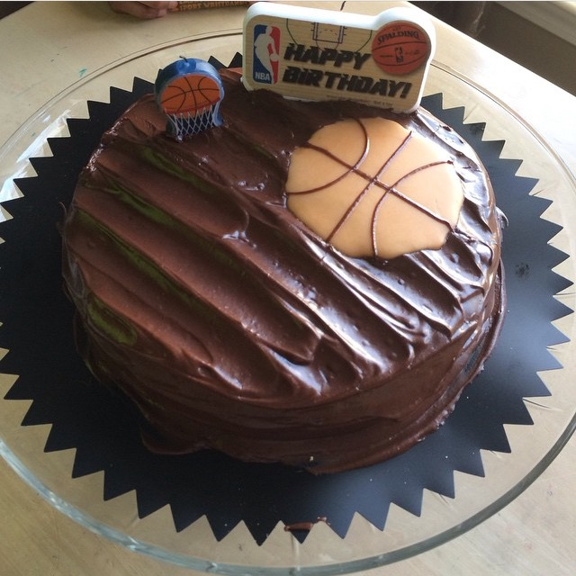 March - Basketballer Cake